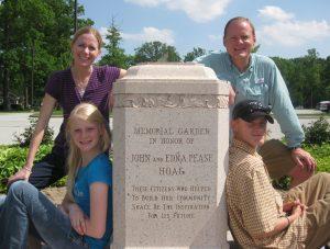 Hoag fam at memorial